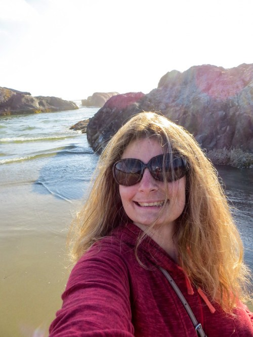 solo female travel canada