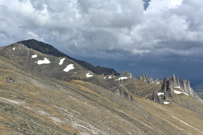 Mt. Prindle and Wind Chimes, large tors on a ridge