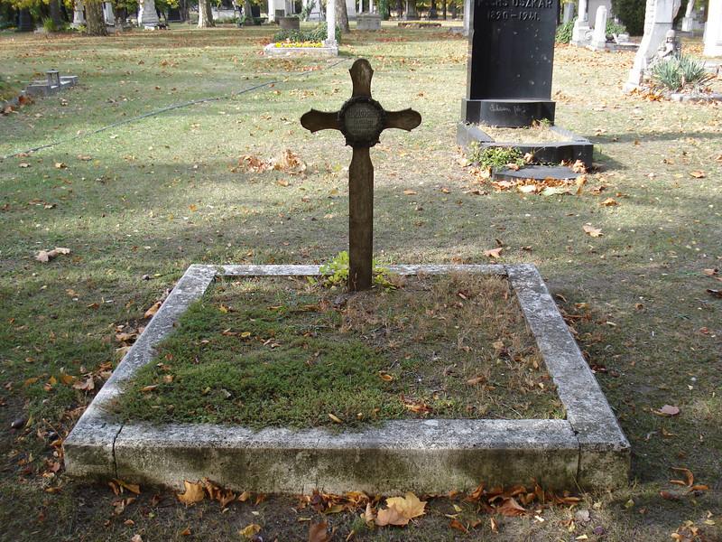 Humble Grave