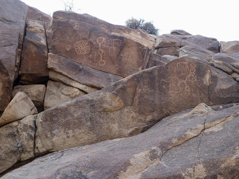 Coyote Hole Canyon Petroglyphs