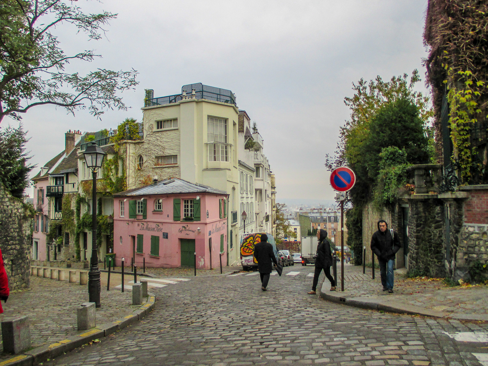 don't miss montmartre in your two days paris itinerary