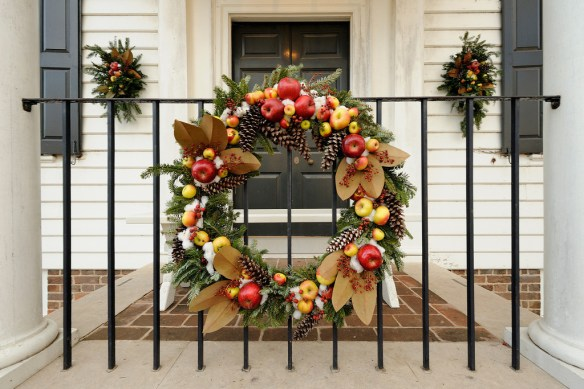 Colonial Williamsburg Christmas.Colonial Williamsburg Archives Msummers