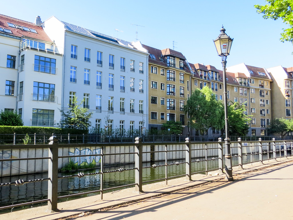 visit berlin in 2 days and enjoy the quiet streets