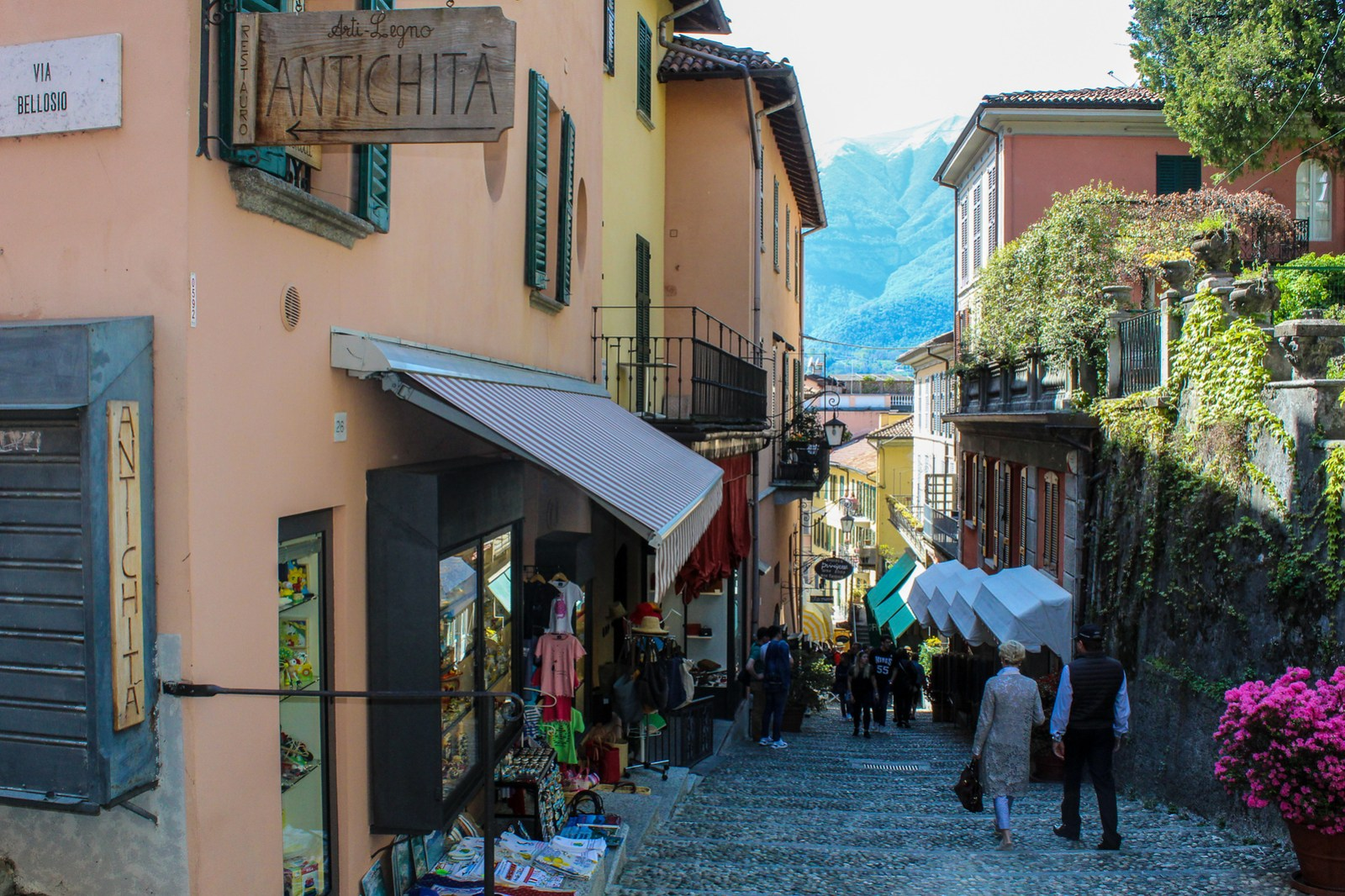 don't forget shopping in bellagio with a day in lake como