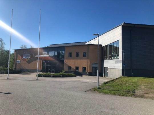 Lindesberg Arena. Klik op de foto voor de galerij.