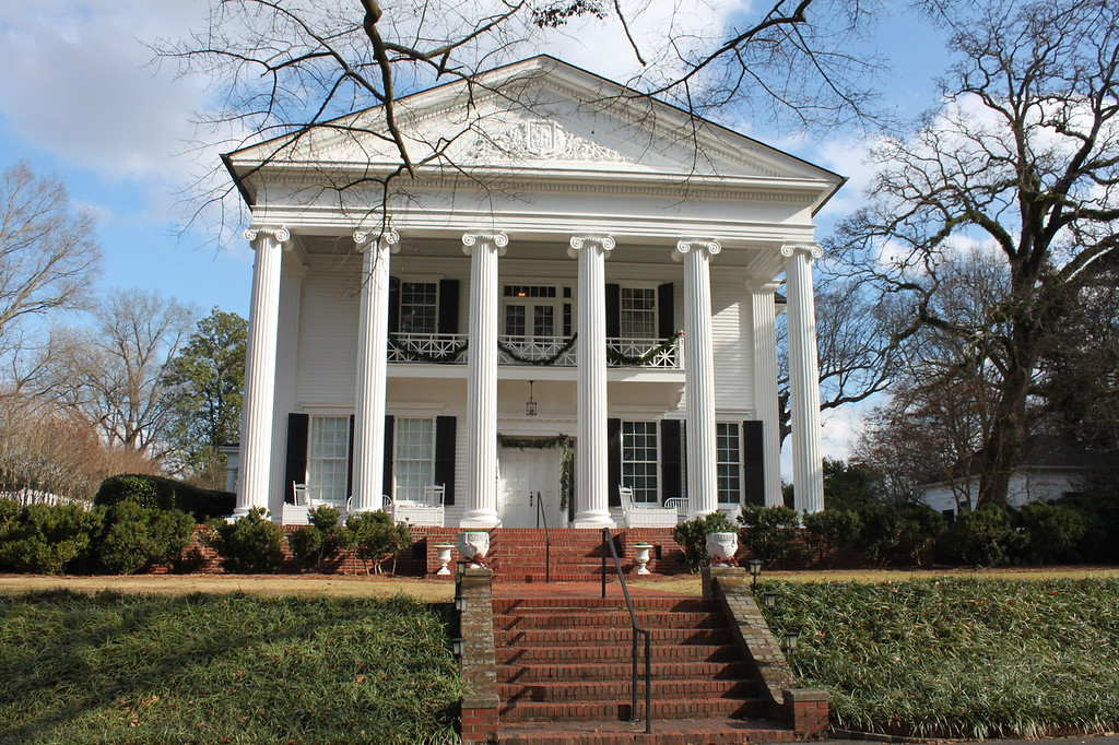 Critic reviews for sweet home alabama · witherspoon's charm keeps this movie afloat. Sweet Home Alabama Filming Locations To Visit This Is My South