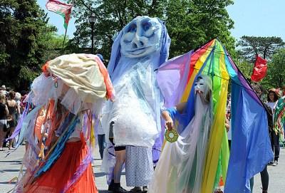 An image of the Big Parade at Oberlin