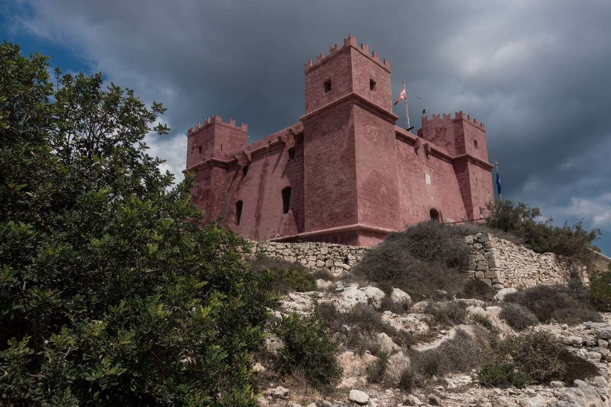 Things to Do in Malta - Red Tower