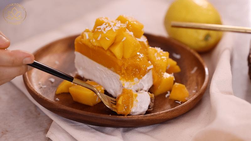 Plant-based Mango Cheesecake, enjoy!