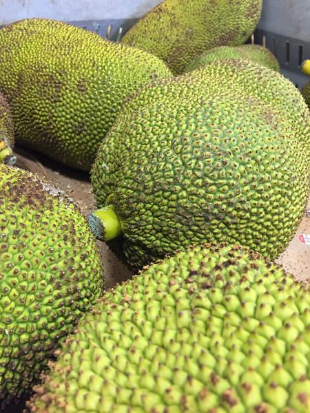 Fruits That Aren T Round : fruits, round, Unusual, Fruits, Around, World, Transit