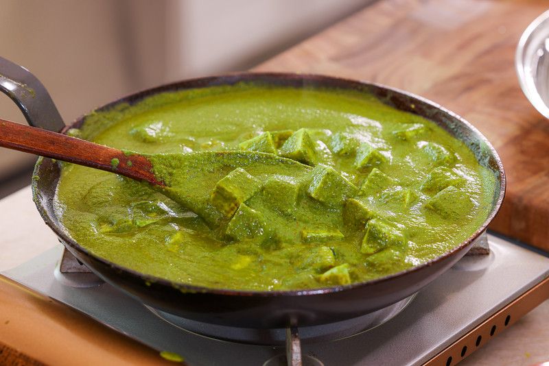 """Plant Based Palak """"Paneer"""" Spinach Curry Recipe"""