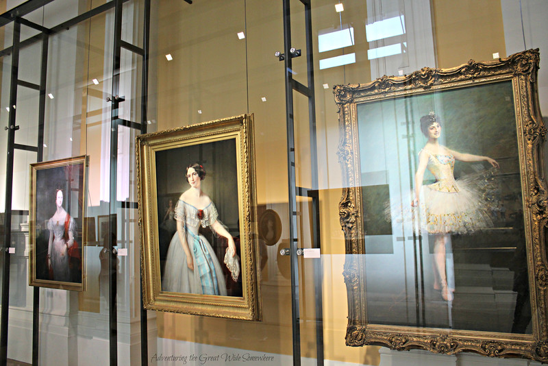 Former stars of the opera and ballet grace the walls of the Palais Garnier Library-Museum.
