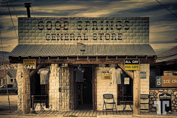 Good Springs General Store in Good Springs near Las Vegas, Nevada, looking creepy