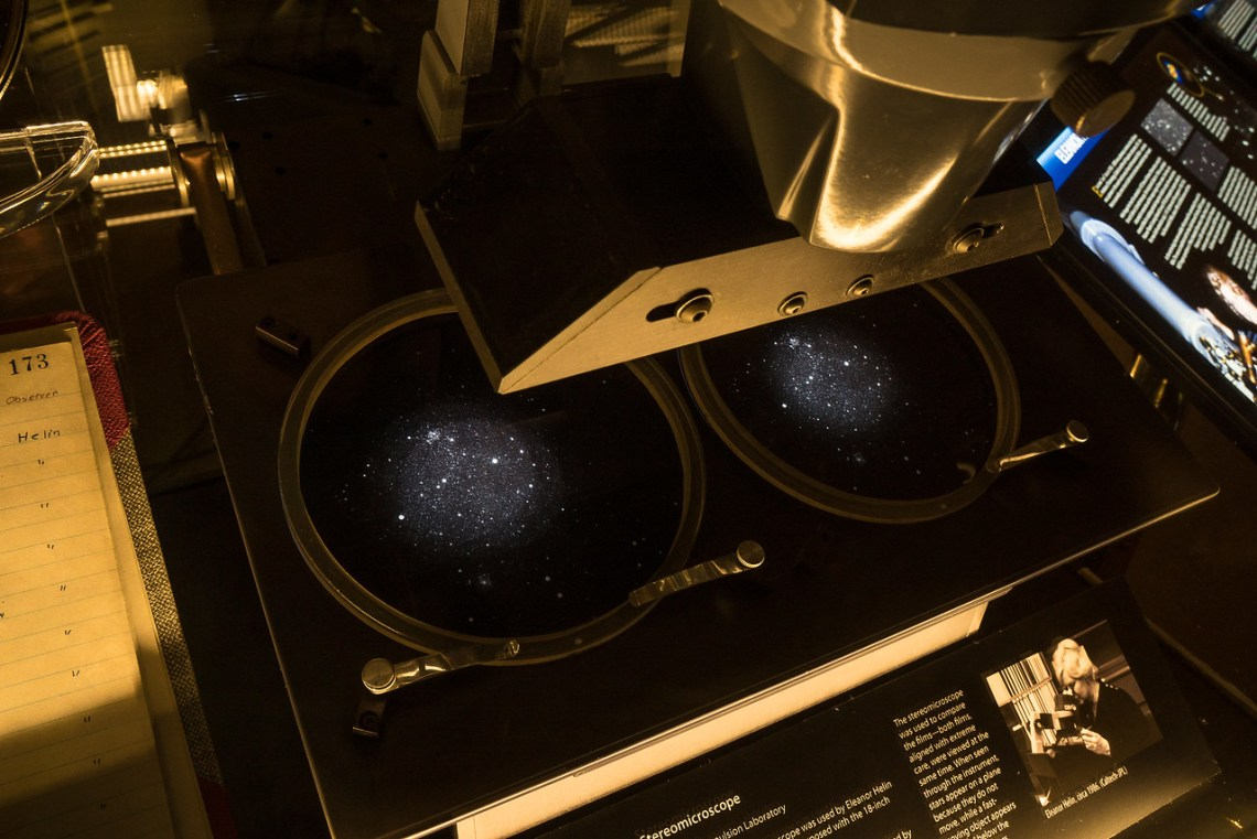 Palomar Observatory display case showing stereoscopic microscope