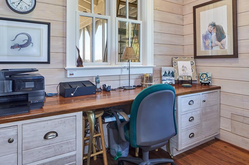 office at 122 Lake Timicau