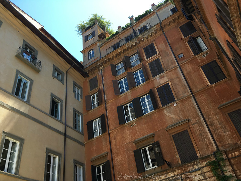 Exploring Rome on Foot: Two beautiful apartment buildings on the streets of Rome