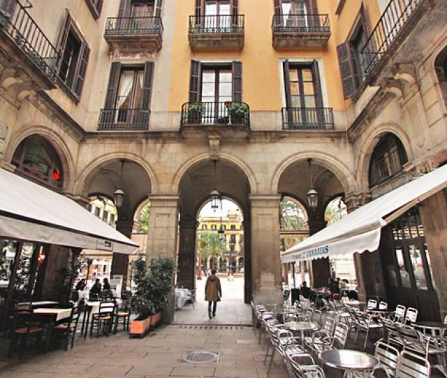 Slideshow Gothic Quarter Of Barcelona Spain
