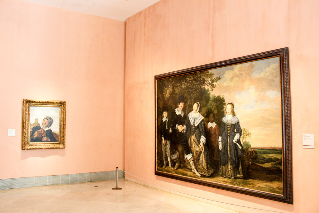 Explore the great museums when traveling Madrid alone