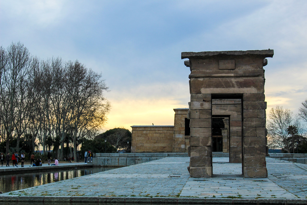 Solo Travel Madrid: Seeing a sunset at the Egyptian Temple