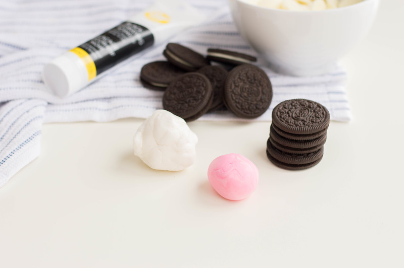 These Bunny OREO Cookies are the CUTEST, aren't they? You can leave them out for the Easter Bunny or enjoy them all yourself! Made with only a few staples.