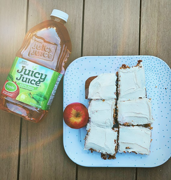 #sponsored Make beautiful Apple Spice Cake to warm up a long winter ahead. Check out Juicy Juice for recipes and activities. #JuicyJuiceCrew