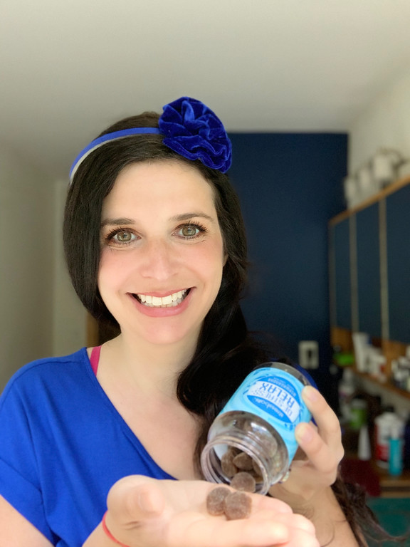 #StressballsPartner I tried awesome Stressball Gummy Vitamins to share how you can stress less and live more this summer! Here's how to be a #Stressballer.