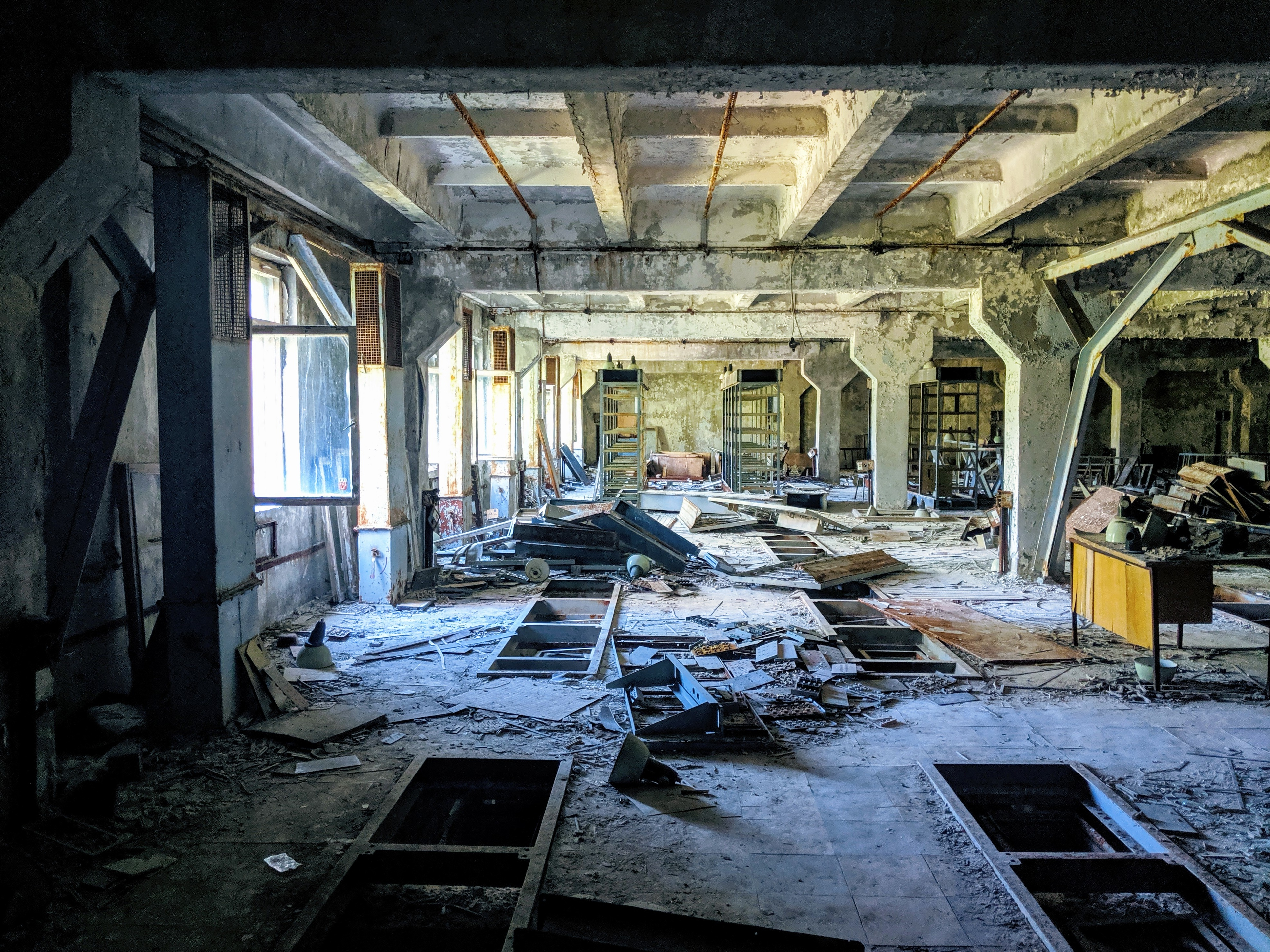 Chernobyl photos - office building