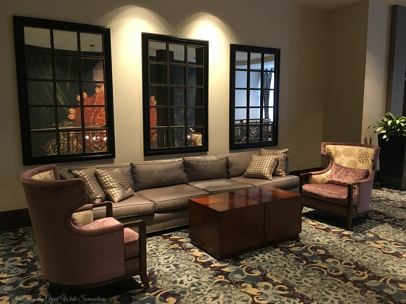 A Lush Sitting Area at the Wyndham Grand Orlando Resort Bonnet Creek