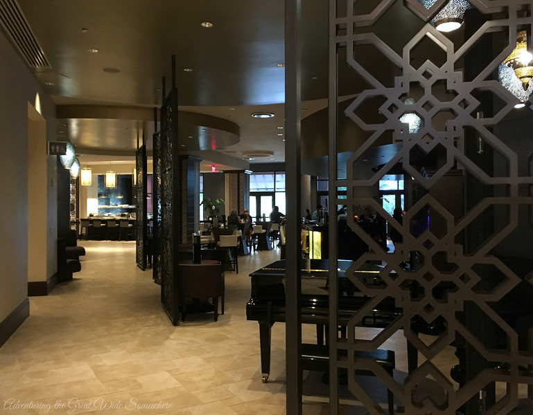 Bar 1521, the Lounge of Deep Blu Seafood Grille at the Wyndham Grand Orlando Resort Bonnet Creek