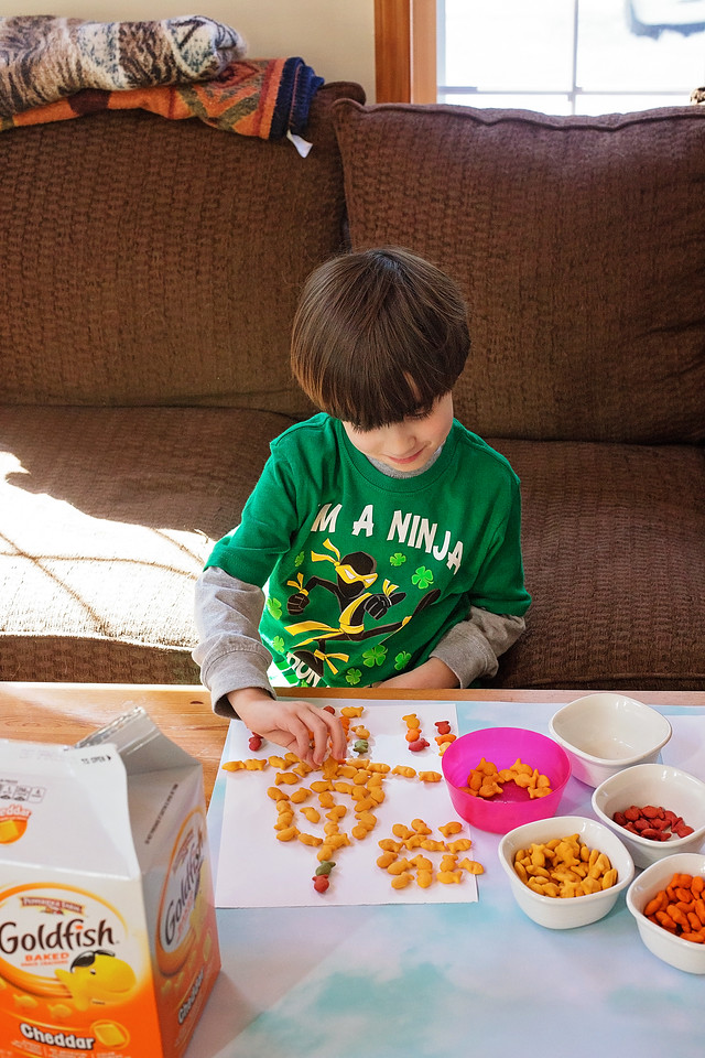 Spring is almost here, and that's why it's time to create fun indoor and outdoor activities with our favorite Goldfish Crackers. What would you create with yours? #ad #GoldfishGameTime