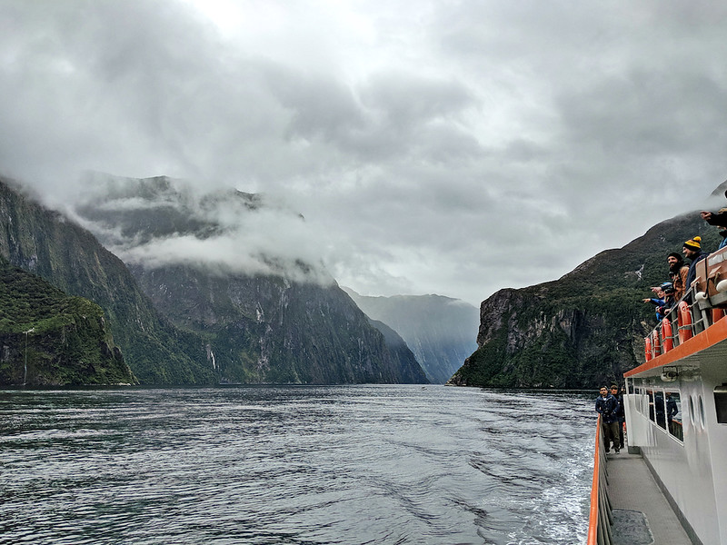 8 Day New Zealand Road Trip - Milford Sound cruise
