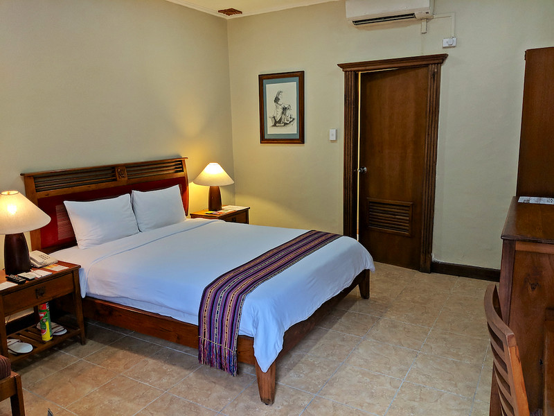 Travel Guide to Dili - Discovery Inn Hotel