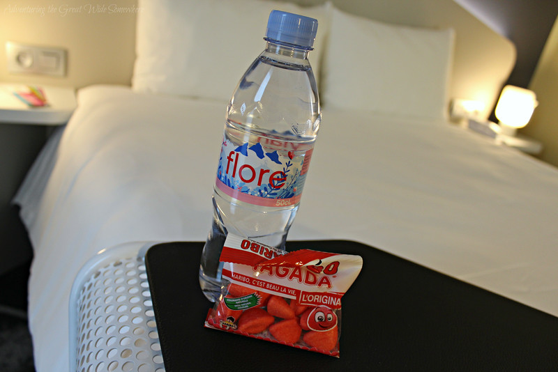 Complimentary in-room snacks at the Hotel Ibis CDG in Paris, France.