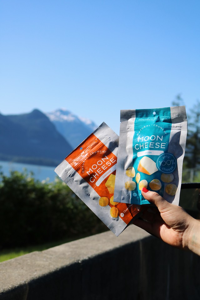 We love Moon Cheese for summer! #MoonCheese #SummerSnackingwithMoonCheese #LoveCheesetotheMoonandBack #SummerSnacking #SummerTravel #Snacking #HealthySnacks