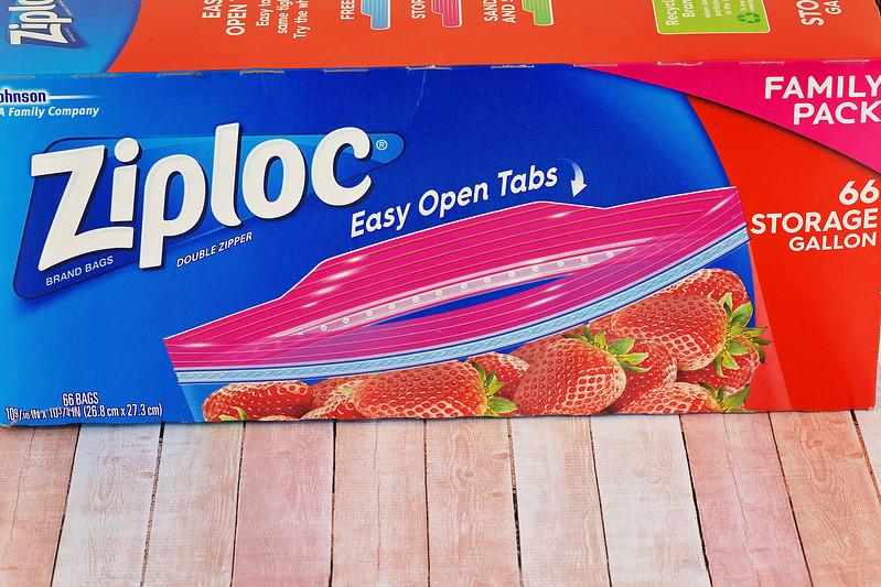 2 Ways Ziploc Brand Bags Help Us Make Peppermint Sugar Cookies