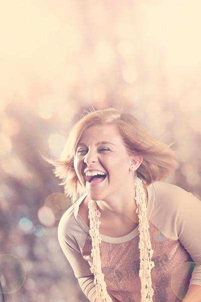 Bright sunny senior portrait by Amanda Reed