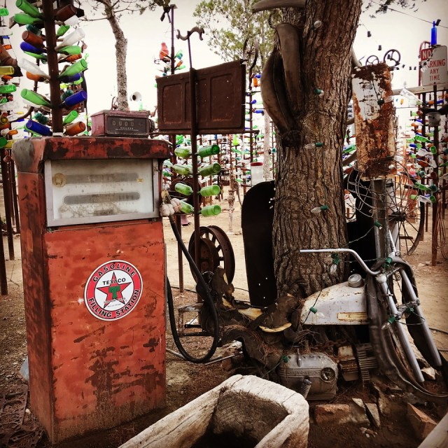 old gas pump at Elmers Bottle Tree Ranch in California