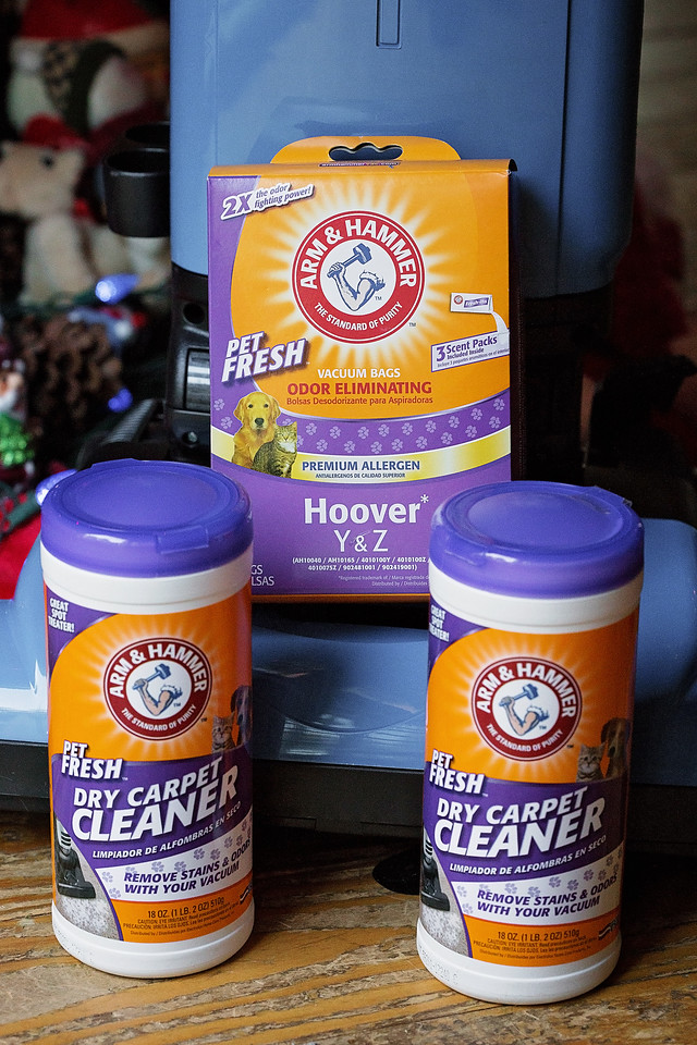 Did you know that ARM & HAMMER™ has a line of Pet Fresh vacuum bags, vacuum filters and cleaning products? 5 tips and a giveaway too #ad #CleanHomeHappening