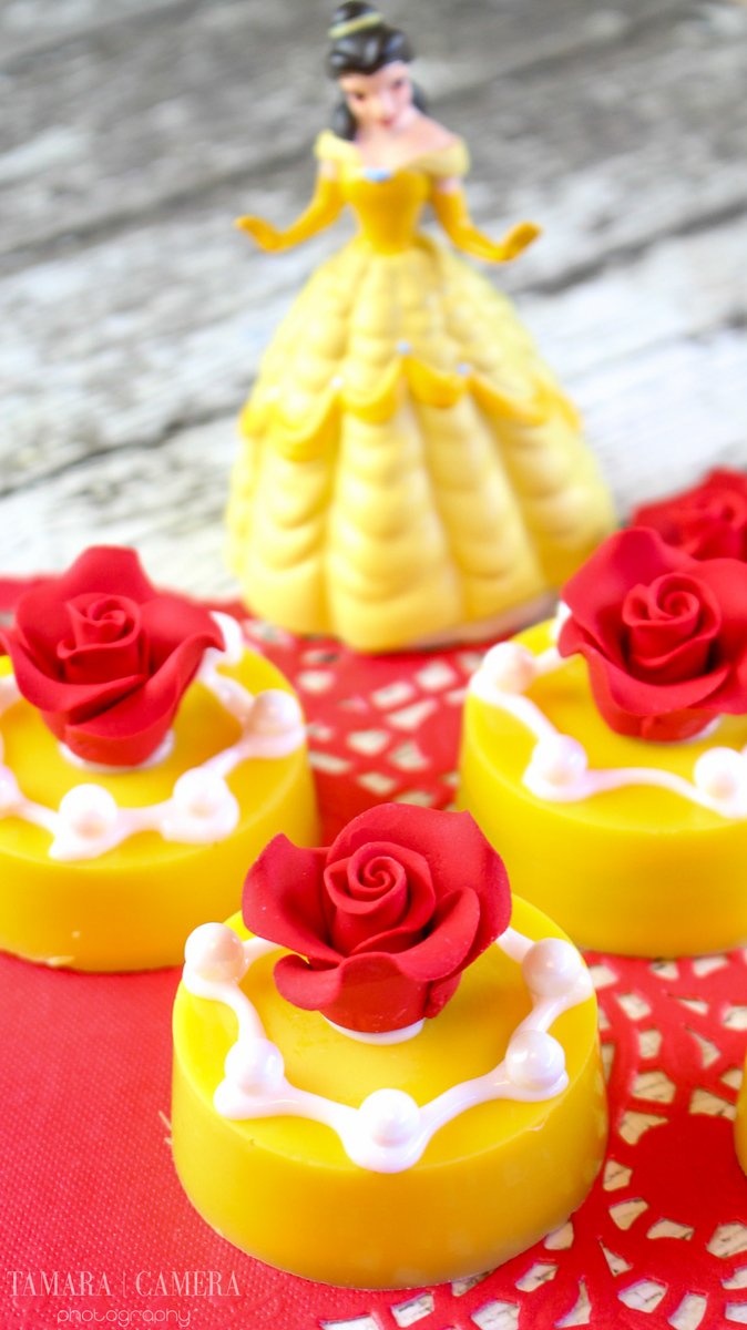 We're celebrating the release of #BeautyandTheBeast and will be for ages to come. These Belle Oreo cookies are a hit #craft and #recipe for the #family #DIY