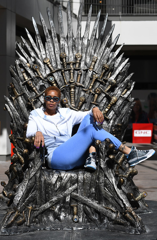 game of throne chair metal leg floor protectors thrones fans take the iron in denver photos co april 22 keya hackett from bear del