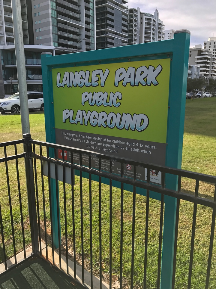 Langley Park near to Pan Pacific Perth