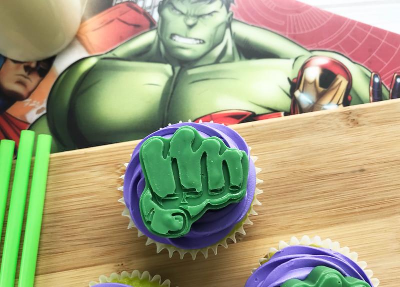 hulk smash cupcakes