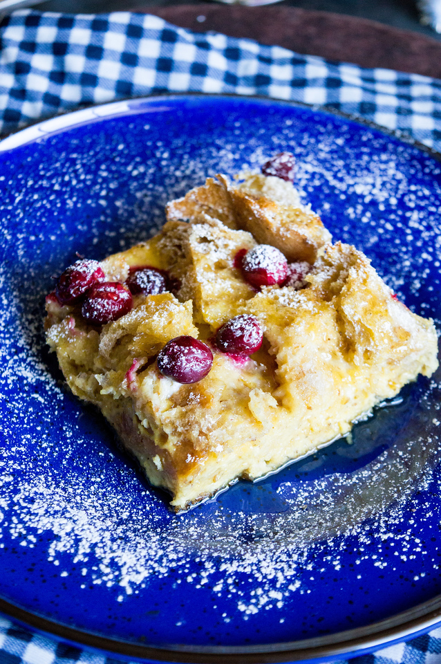 This Cranberry Eggnog Bake is the PERFECT #recipe for your #holiday brunch. #Christmas breakfast is a big deal in our house, and we take it seriously. If you do, try this amazing recipe!