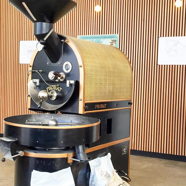 Coffee roaster at Café Saint-Henri micro-torréfacteur in Québec City