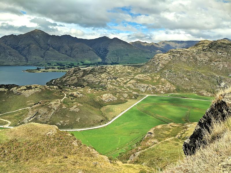 8 Day New Zealand Road Trip - Rocky Mountain Trail