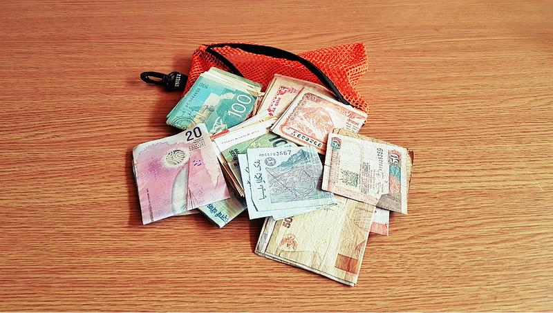 Full-time traveler - bag of money