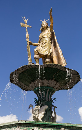 A Statue of Inca Leader, Pachacuti in Plaza de Armas in Cusco, Peru (©simon@myeclecticimages.com)