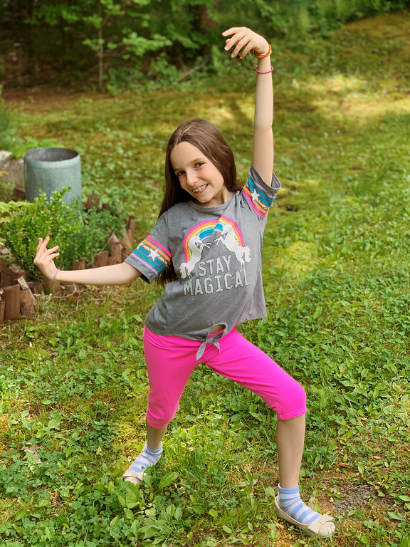 SO American Heritage Stay Magical Unicorn Top and OshKosh Bright Pink Pedal Pusher Leggings
