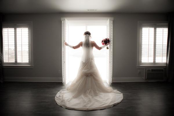 Backlit window bride with glow by Brandon Busa