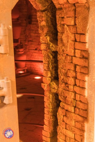 Entrance to a Kiln showing the double wall structure to allow heat to be channeled into the kiln (©simon@myeclecticimages.com)